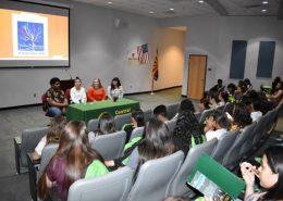 Vidas Brillantes student panel
